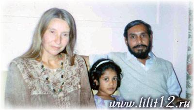 Мария Карпинская и Матуджи. Индия 1995